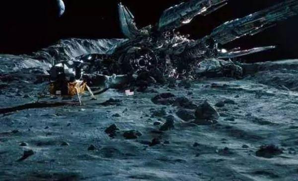 太空飞船?外星基地?月球背面到底有什么?还能好好做朋友吗?