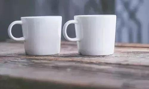 普通洗杯子步骤简笔画