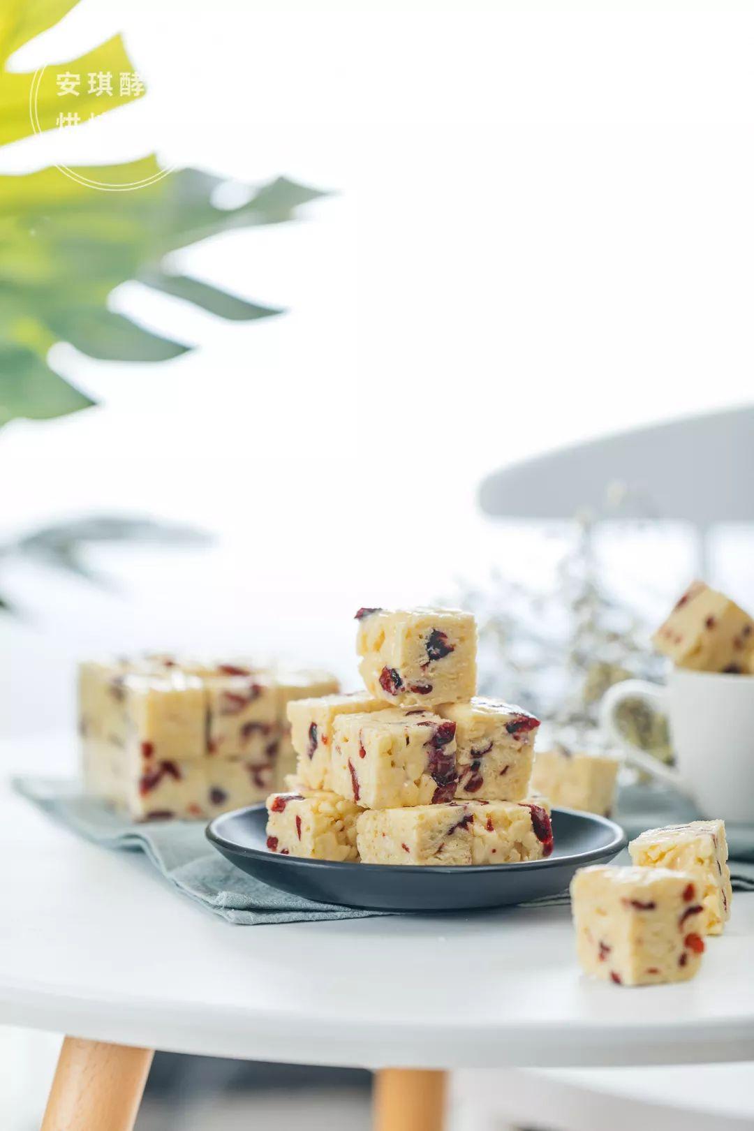 免費烘焙課 | 雪花酥的升級版,網紅牛軋奶芙正式出道了!