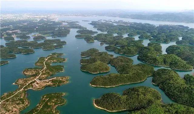 地处洈水国家4a级旅游景区,国家森林公园,国家湿地公园,国家水利风景