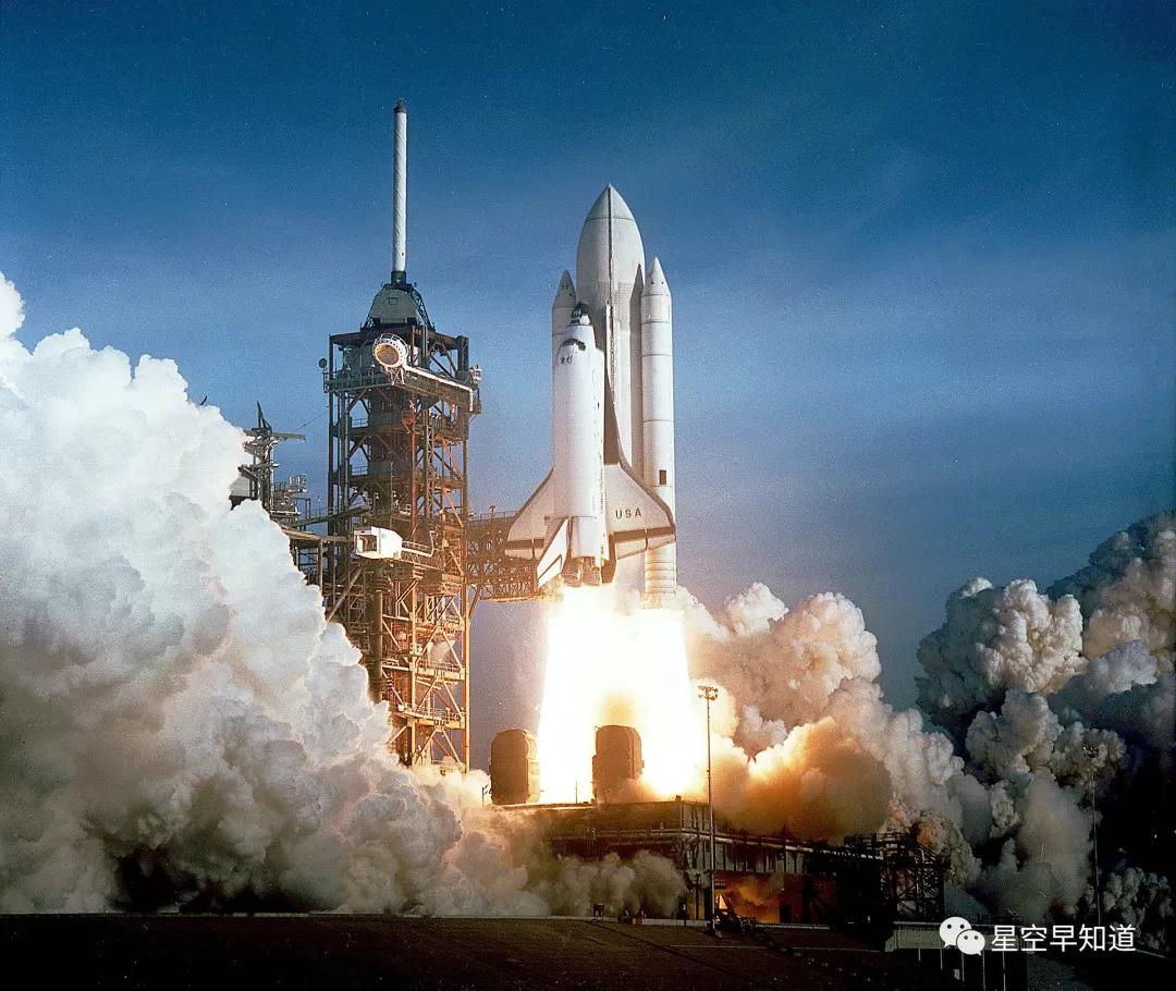 1981年4月12日,sts-1,人类第一次航天飞机发射任务