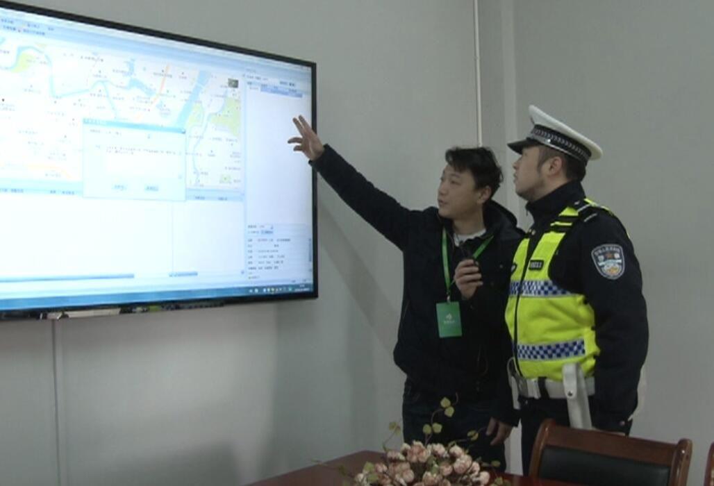 话交通   听听交警卢警官说说春运返程的客车安全注意